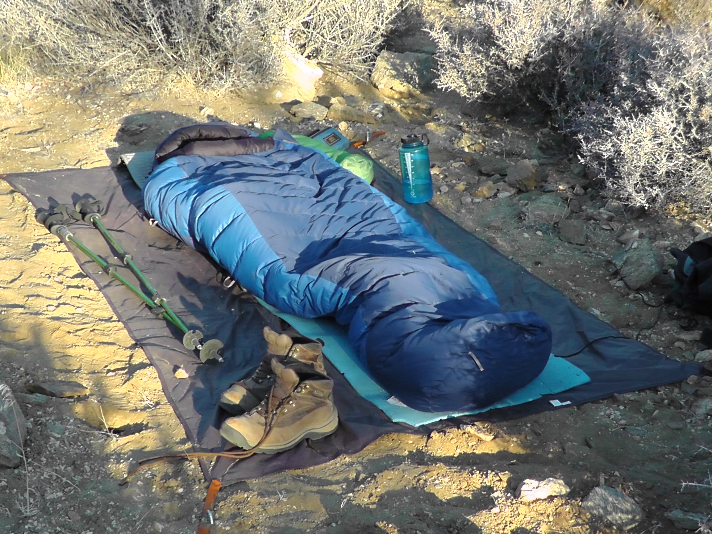 Sleeping Under Stars Tarp ... & How to Pitch a Tent   HowToWilderness.com ™